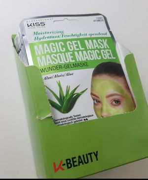6 Kiss products magic gel mask moisturizering w Aloe face mask sheet for Sale in Gresham, OR