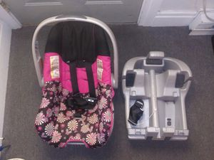 Car seat for Sale in Palmyra, PA