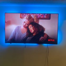 75 Inch Tv for Sale in Decatur,  GA