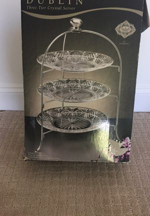Three tier crystal server for Sale in Sully Station, VA
