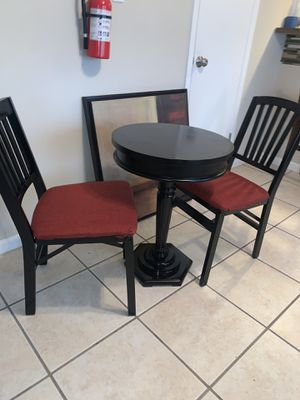 Small bistro table and chairs for Sale in Willingboro, NJ