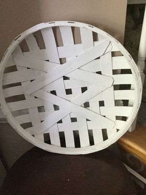 """20"""" round tobacco basket. Rustic/farmhouse for Sale in High Point, NC"""