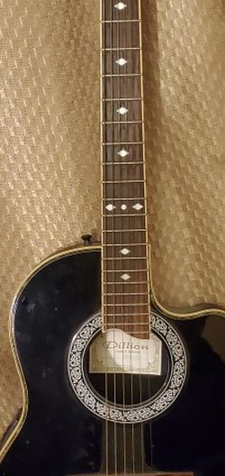 Dillion DX30-CES Acoustic/Electric Guitar (Limited Edition) for Sale in Auburn,  WA