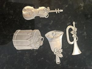 2003 Longaberger Pewter Ornaments for Sale in Miramar, FL