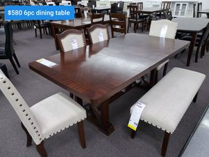 SIX PEACE DINING TABLE for Sale in Running Springs, CA