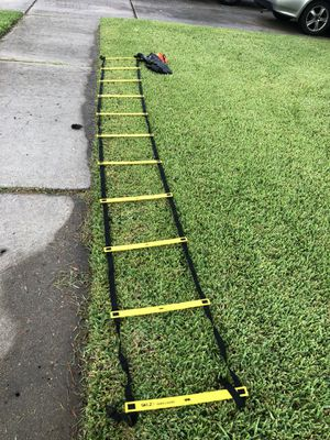 SKLZ Quick Ladder Pro with Cones for Sale in Houston, TX