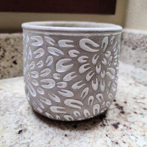 Ceramic flower pot for Sale in Riverside, CA