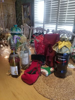 Bottle bag s and toppers for Sale in Boca Raton, FL