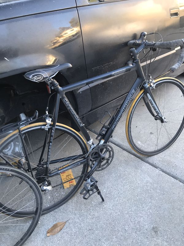 2 Cannondale Rd. bikes