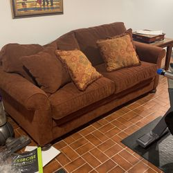 Pull Out Couch for Sale in Pittsburgh,  PA