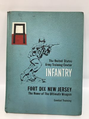 US ARMY INFANTRY TRAINING BOOK 1968 for Sale in Hull, MA