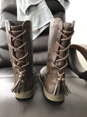 Size 10 girls leather boots for Sale in Austin, TX