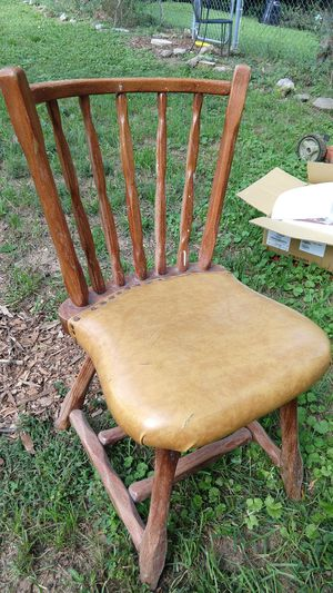 Chair for Sale in Nashville, TN