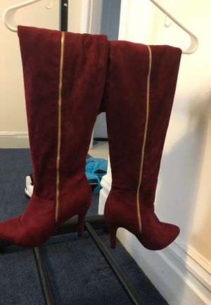Women's knee high boots for Sale in McKees Rocks, PA