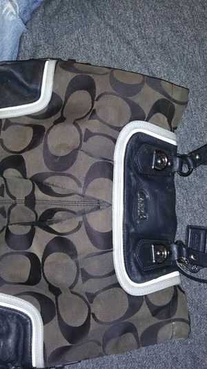 Coach bag good condition make an offer for Sale in Irwindale, CA