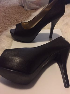Authentic Michael kors size 8.5 for Sale in Tolleson, AZ