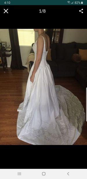 Wedding dress for Sale in Orlando, FL
