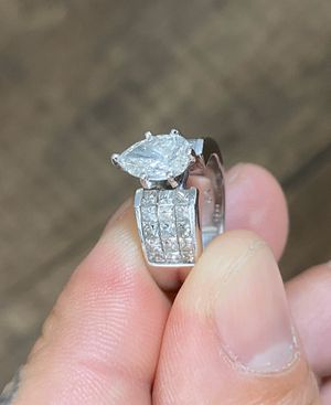 Woman's Wedding ring. (trade or sale) for Sale in Whittier, CA