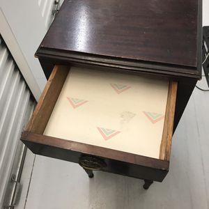 Antique dresser/ nightstand/ jewelry case for Sale in Stuart, FL