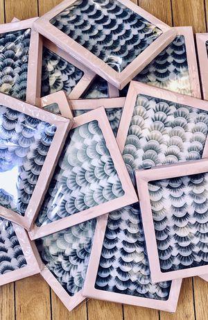 False eyelashes for Sale in Chula Vista, CA