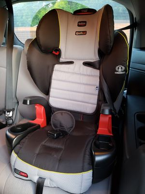 Britax Frontier ClickTight NEARLY BRAND NEW for Sale in Dallas, TX