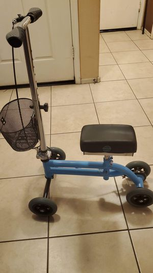 Knee scooter for Sale in Goodyear, AZ