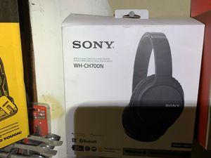 Sony headphones Bluetooth for Sale in Modesto, CA