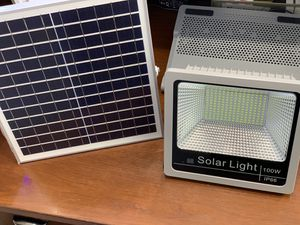 SOLAR FLOOD LIGHTS PERFECT FOR CAMPING ⛺️ 🏕!! for Sale in San Diego, CA