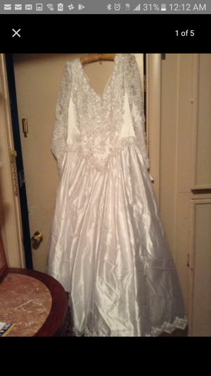 David's bridals Wedding Dress with tags for Sale in Las Vegas, NV