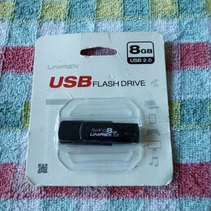 8 gb usb flashdrive for Sale in Haverhill, MA