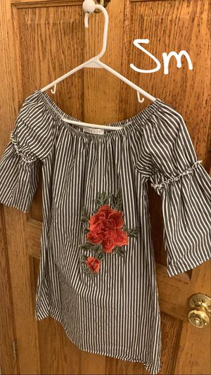 Women's dresses for Sale in Chicago, IL