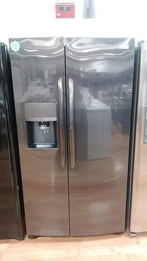NEW FRIGIDAIRE GALLERY SIDE BY SIDE for Sale in City of Industry, CA