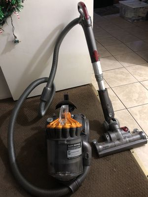 Dyson vacuum DC23 for Sale in MONTGOMRY VLG, MD