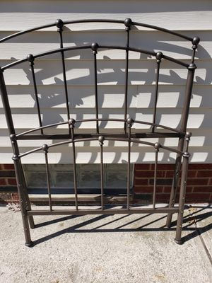 Twin sz.Heavy metal headboard/footboard w/bolts/screws included & bed frame(not shown)NOT CHEAP@ALL for Sale in Parma, OH