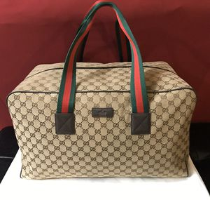 Gucci Carryall Duffle Bag for Sale in Miami, FL