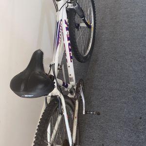 Trek 6000 Mountain Bike PRICE NEGOTIABLE for Sale in Boston, MA