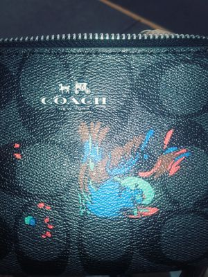 Coach. Wallet/purse for Sale in Kansas City, MO