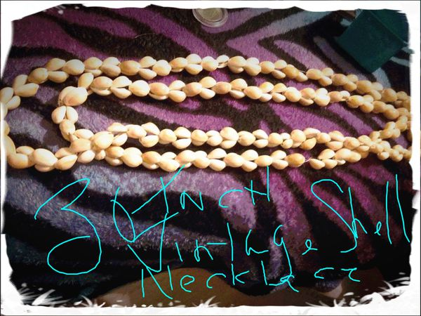 30 inch Vintage Shell Necklace