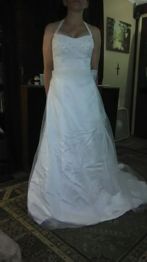 Davids Bridal Vera Wang Wedding Gown for Sale in Baton Rouge, LA