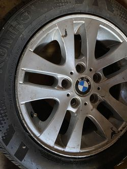 Bmw Rim And Tire for Sale in Chicago,  IL
