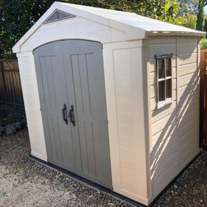 Keter storage shed 8' x 6' LIKE NEW! for Sale in Phoenix, AZ