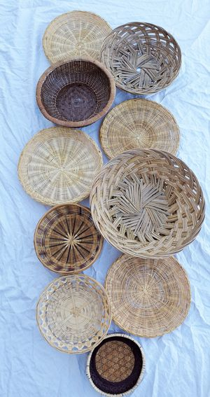 Beautiful 10 Piece Wall Basket Set for Sale in Goodyear, AZ