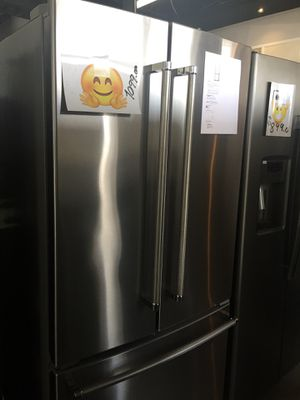Refrigerator KitchenAid French doors stainless steel new warranty for Sale in Fort Lauderdale, FL