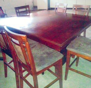 Table and chairs for Sale in Upland, CA