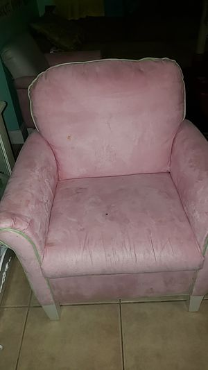 Bombay kids chair for Sale in Margate, FL