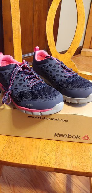 Women's Reebok Sublite Cushion Work AT SD 8.5 W for Sale in Cleveland, OH