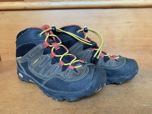 Keen Hiking Boots size 1Youth for Sale in Newcastle, WA