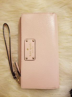 Kate Spade wallet for Sale in Chicago Heights, IL