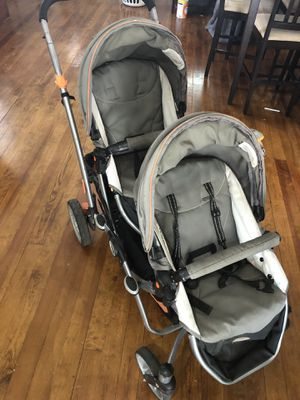 Double stroller for Sale in Roxana, IL