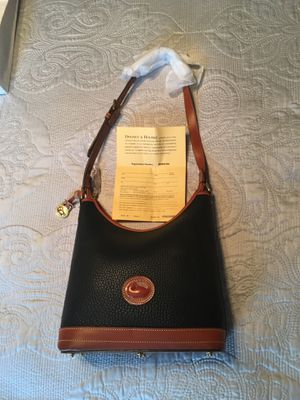 Brand New Authentic Dooney & Bourke hobo bag! for Sale in Fremont, CA